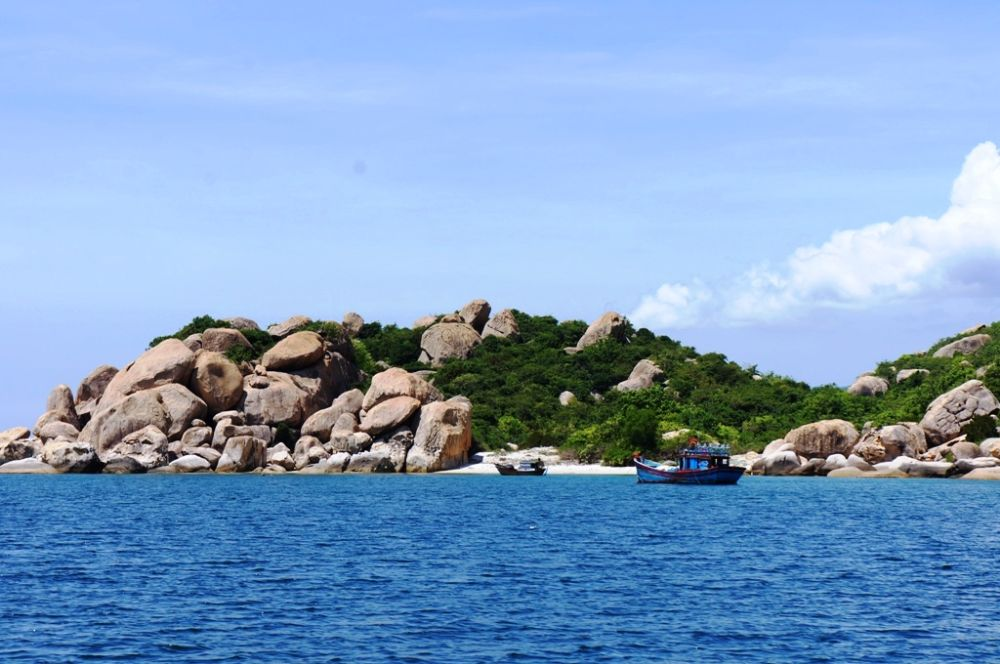 Tour Vịnh Cam Ranh - Đảo Bình Ba 3N2Đ